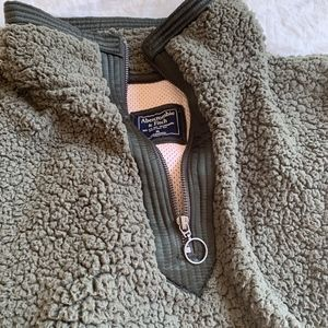 Abercrombie & Fitch Other - The Essential A&F Sherpa pullover
